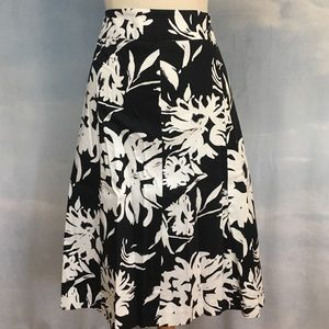 Lane Bryant black/white A-line skirt 18